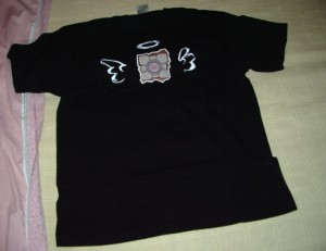 Companion Cube tshirt front
